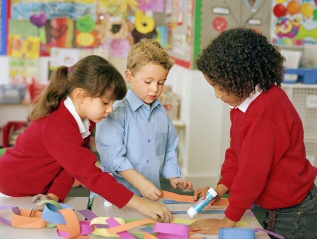 mendidik anak dengan kreatifitas