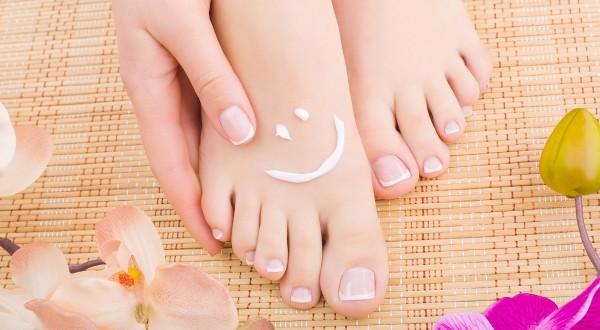 cara menghaluskan kulit kaki