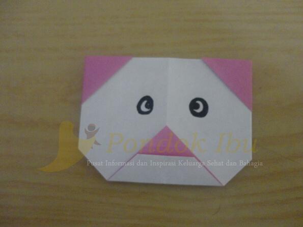 membuat origami wajah panda
