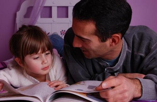 orang tua belajar mendidik anak