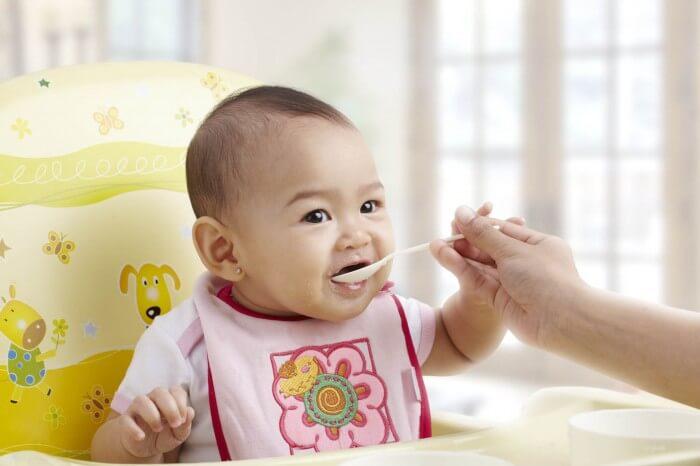 Manfaat Pemberian Makanan Pendamping ASI Pada Bayi