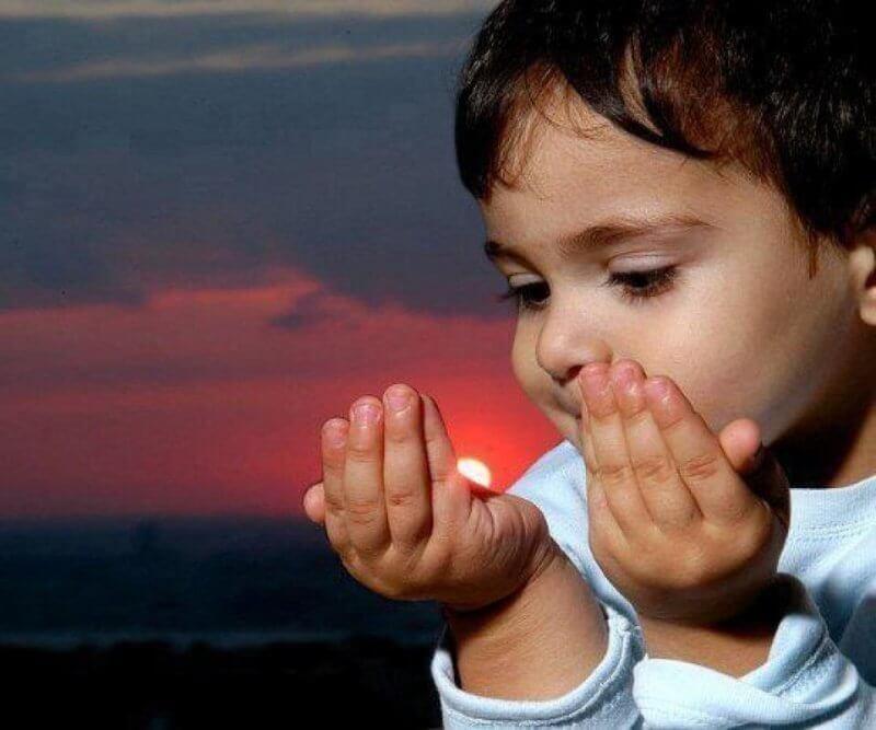 Membiasakan Anak Berdo'a Dan Berdzikir