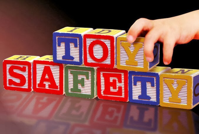 Memilih Mainan Yang Aman