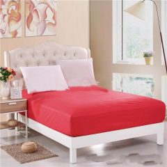 sprei waterproof merah