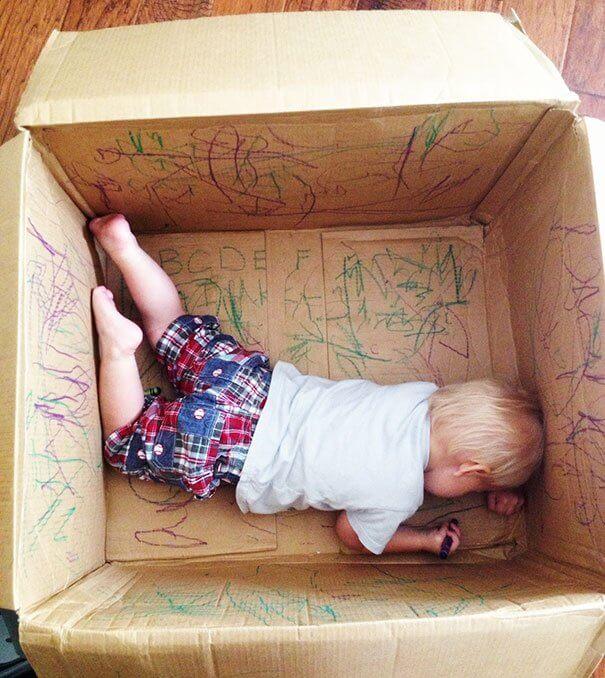Berikan ruang corat-coret untuk anak